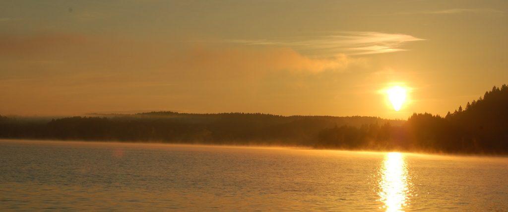 Angeln Trolling im Öresjön Sonnenaufgang