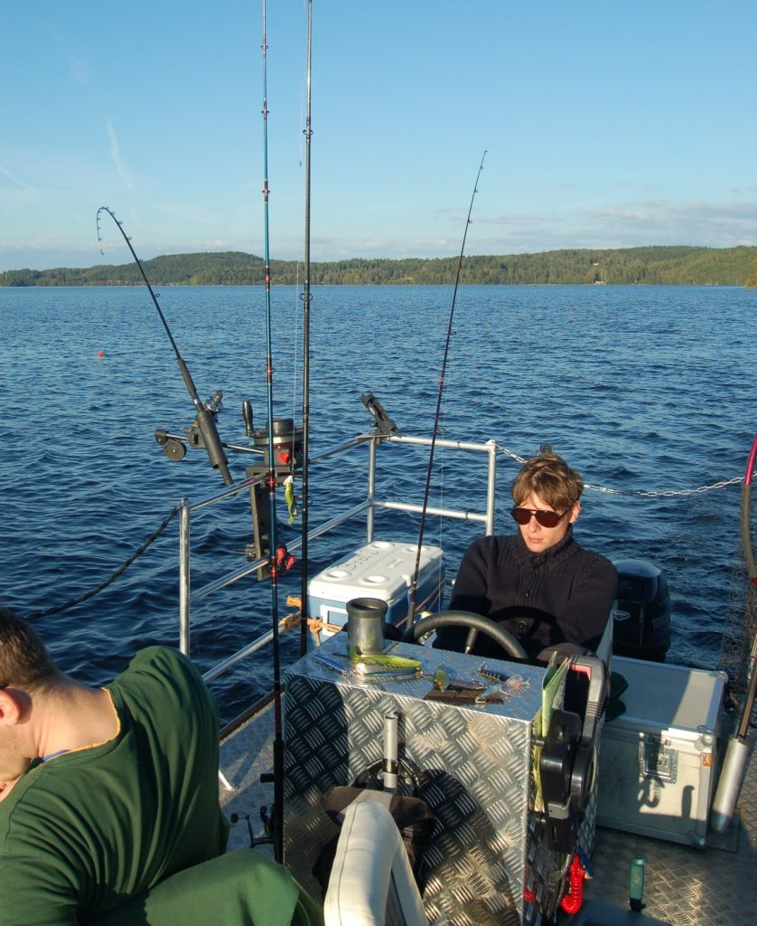 ÖRESJÖN-TROLLING 2014/2015 Trollingboot Lorsby Katamaran Downrigger